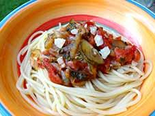 Spaghetti-met-ui-spek-en-tomaat